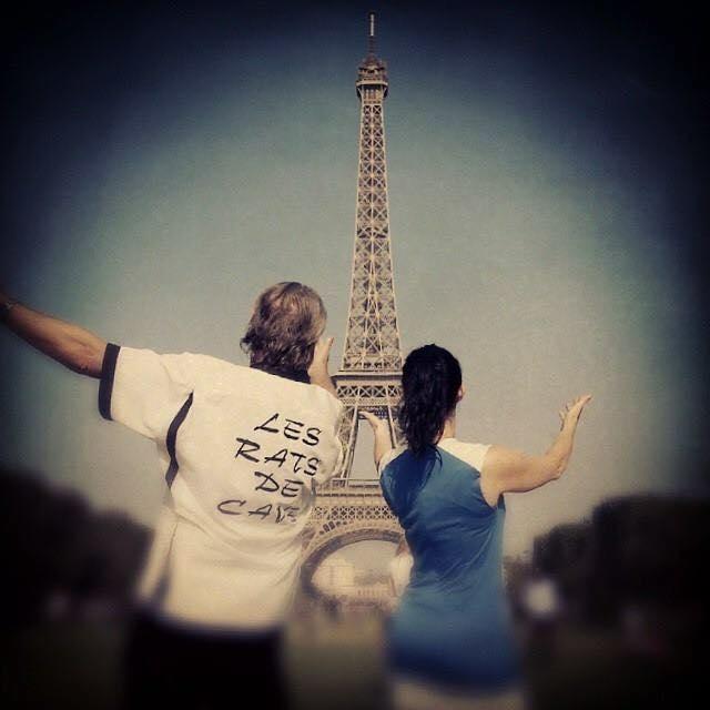 Lionel et Lena devant la Tour Eiffel