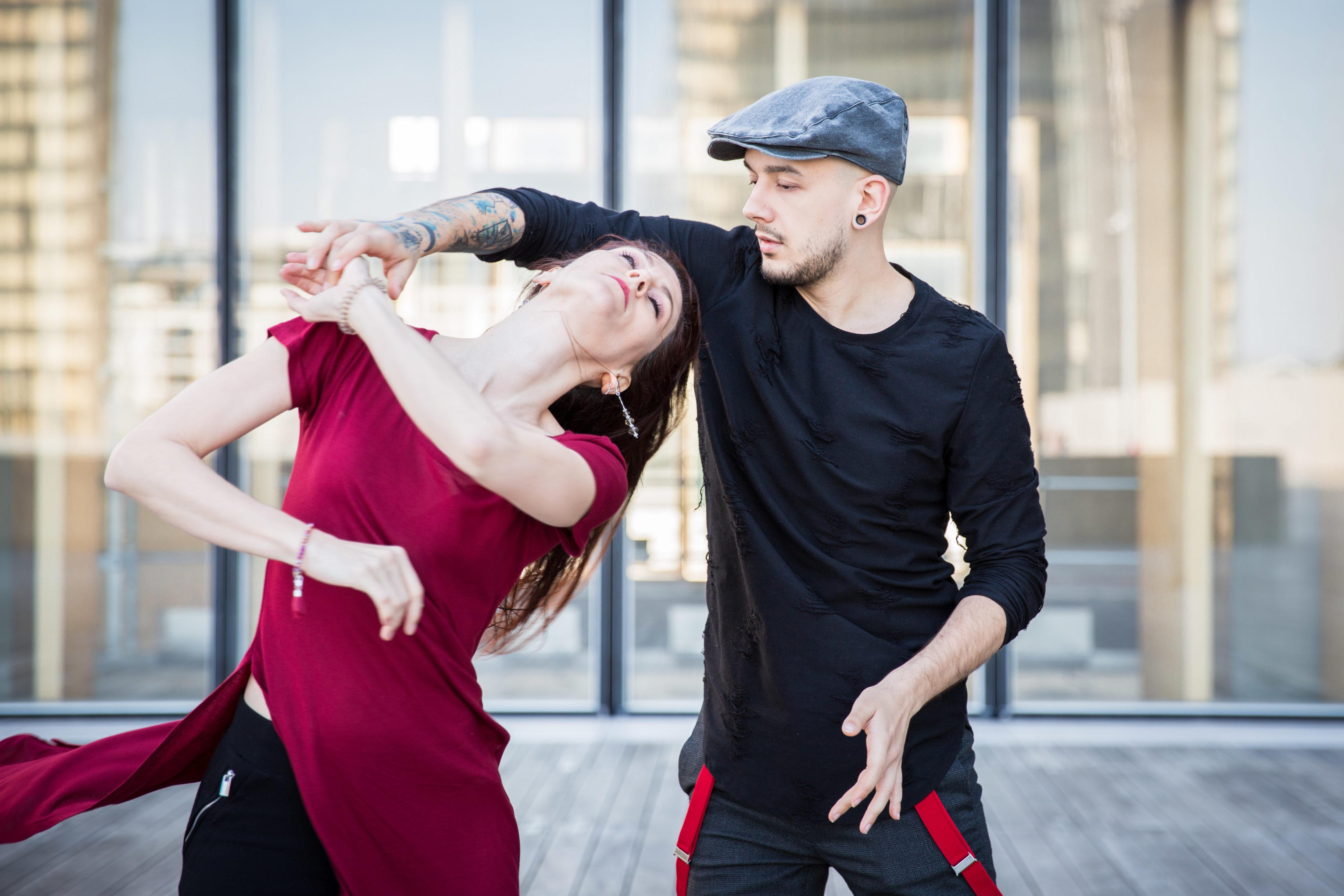 Sabrina et Gab dansent à la BNF