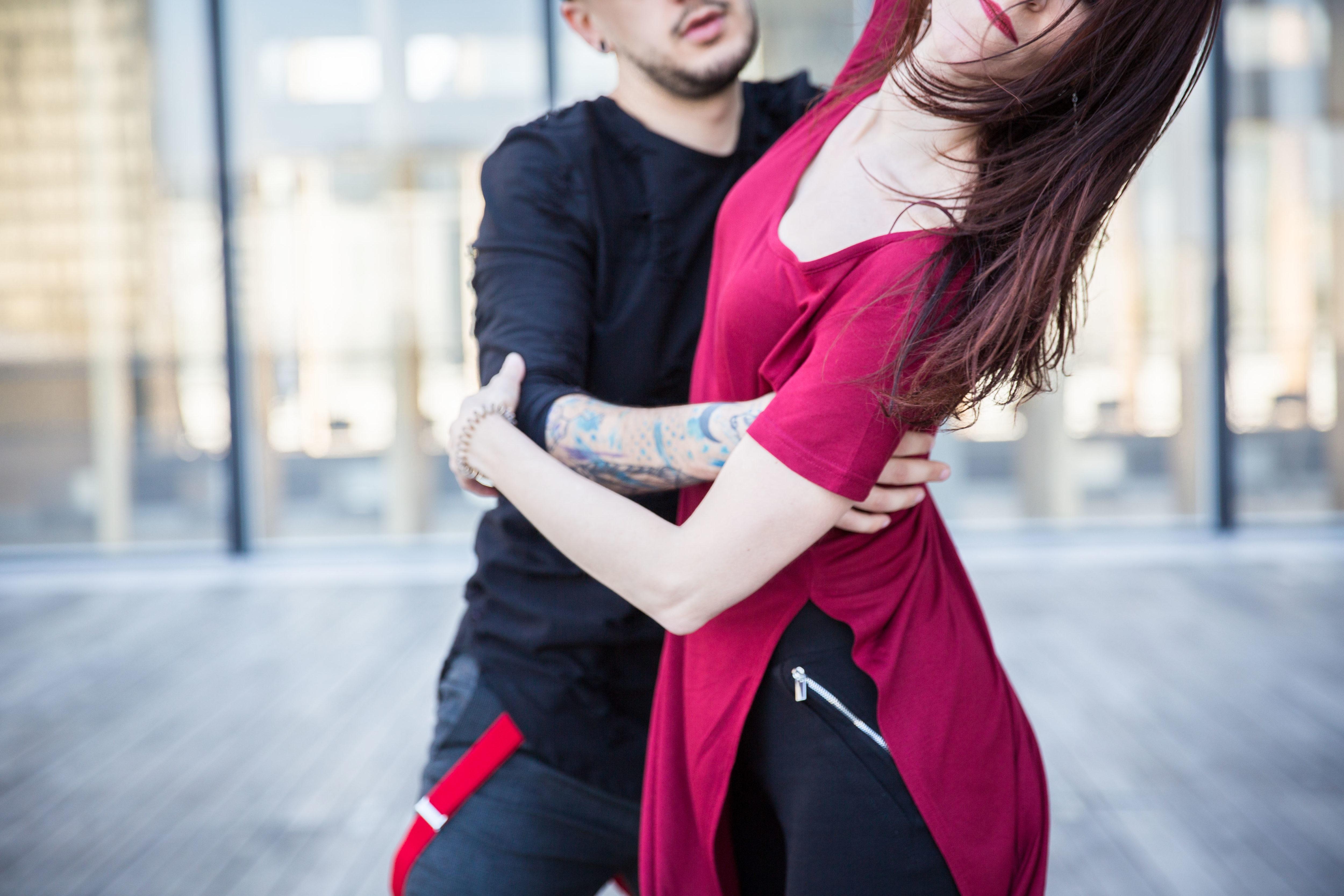 Sabrina et Gabriel dansent à la BNF